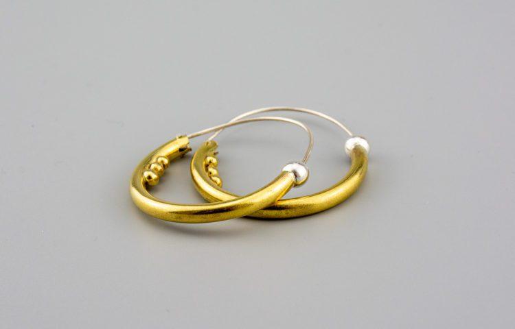 tradicijski nakit u modernom dizajnu