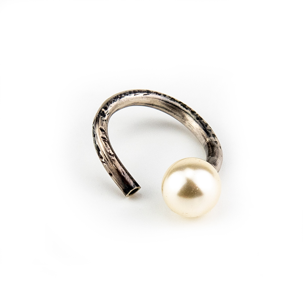 srebrni swarovski prsten