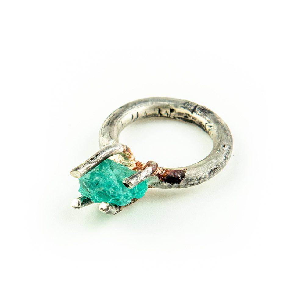 Srebrni prsten apatit