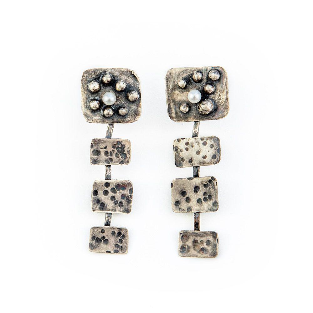 Unikatne naušnice od srebra s biserom