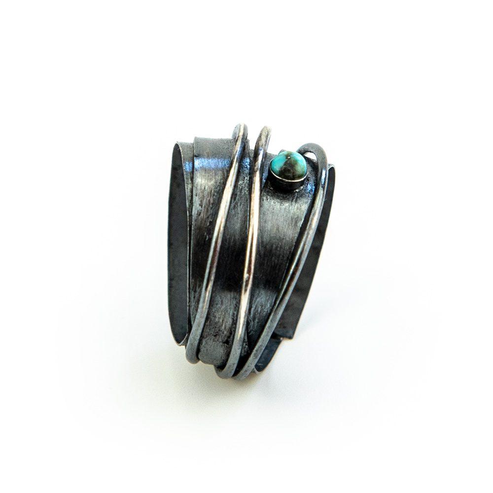 Prsten od motanog srebra ručni rad