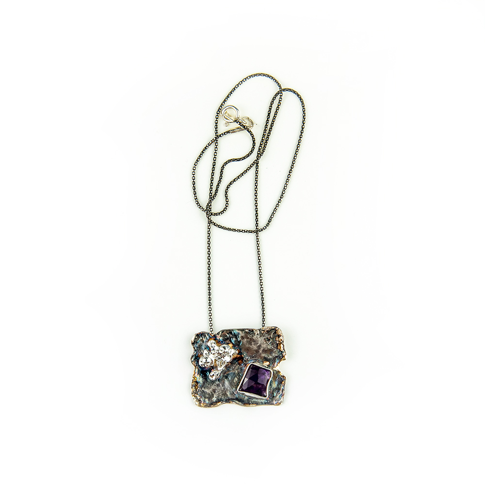 Ogrlica od srebra s ametistom