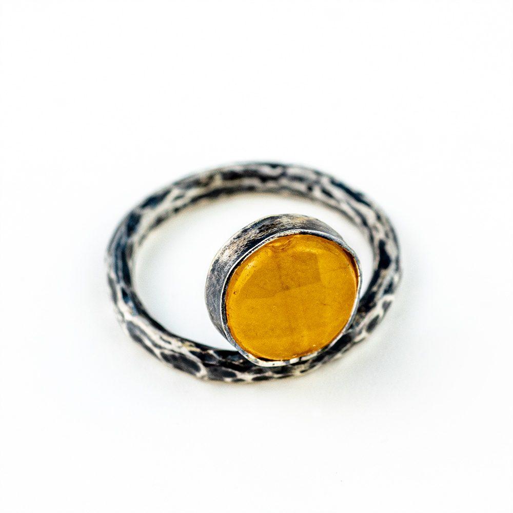 Prsten teksturirani i ahat