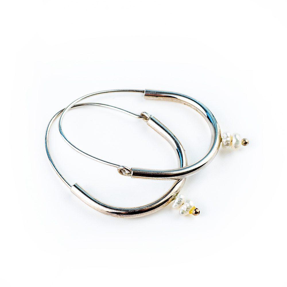 Srebrne verižice s dva bisera i kuglicom