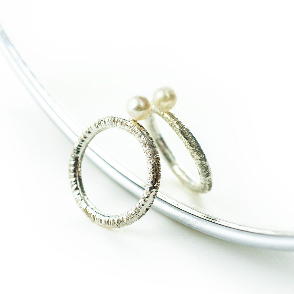 Zaručnički prsten s biserom